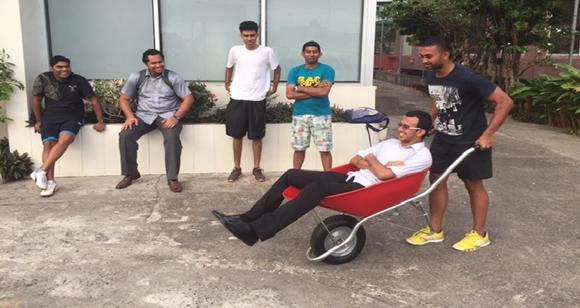 Standss Team testing the wheelbarrow
